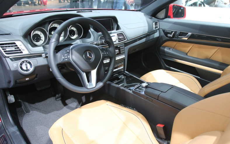 2014-Mercedes-Benz-E-Class-Coupe-interior-1
